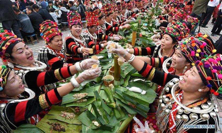 Festivales de los Jingpo.jpg